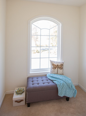 Relaxed Living by Sams | Home Staging | Living Room Window Nook