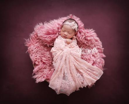 newborn flokati & wraps (46).JPG