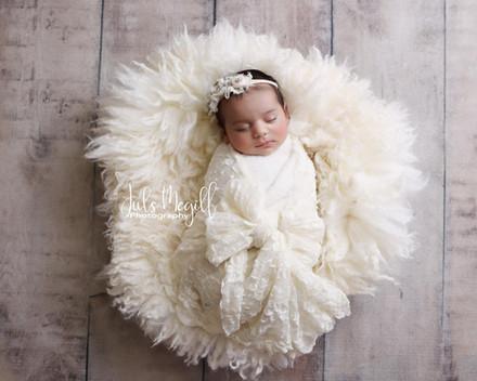 newborn flokati & wraps (3).JPG