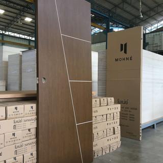 mohne-door-g01-Wood-Grain-e1502282604290