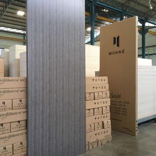 Mohne-door-silver-oak-e1504276645898.jpg