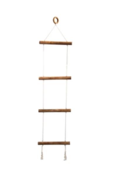 Macramé Hanging Blanket Ladder