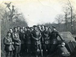 Avril 1940  à Pontgivard  Rob Roy à droite