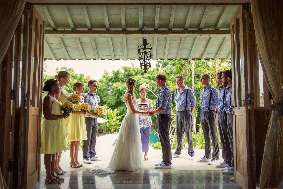 Bali wedding celebrant