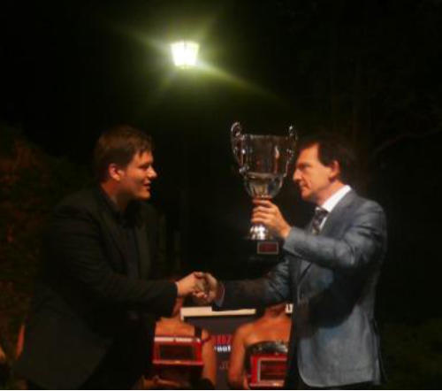Ukrainian Consul rewards WInner