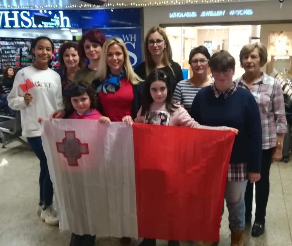 Malta delegation in airport