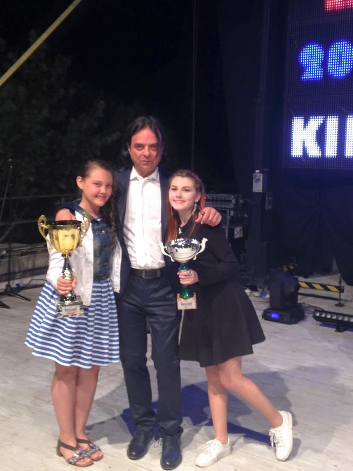 Francesco with Daria and Karina