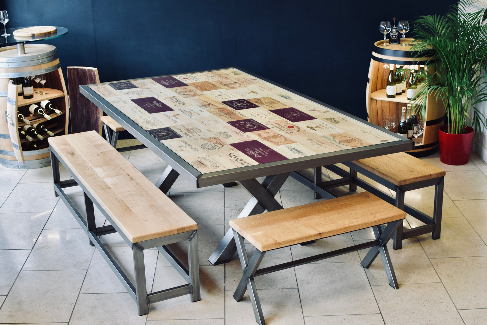 Acier dining table and benches