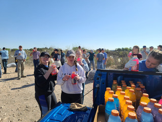 Porter's participates in Clean Up Seminole Day