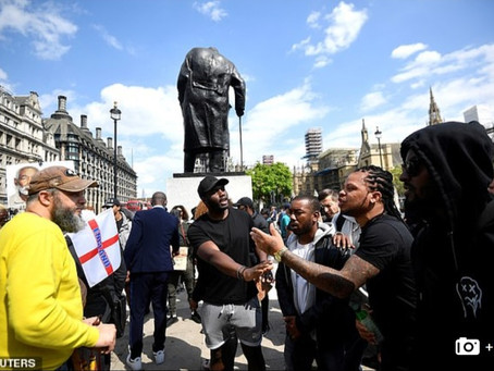 В Англии сумели остановить погромщиков