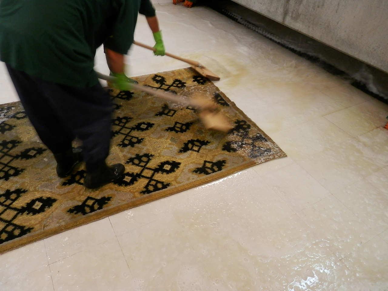 Limpieza de alfombras modernas