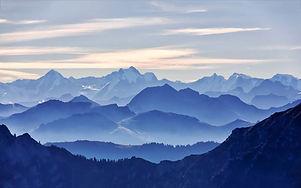 Glorious-blue-mountain-range.jpg