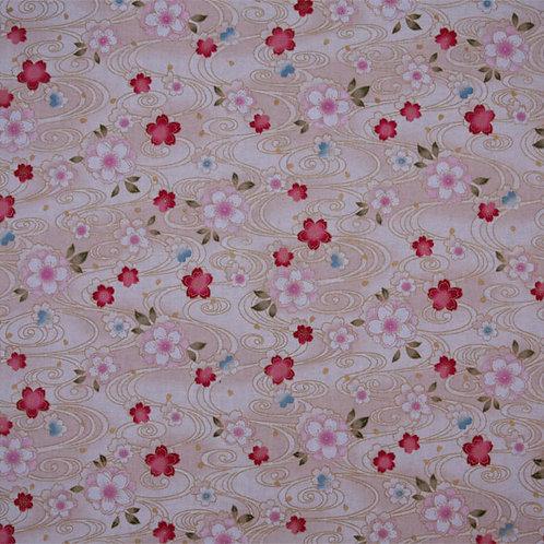 Cream Floral Swirls