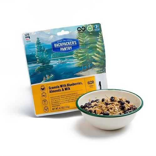Granola w/ Blueberries, Almonds & Milk