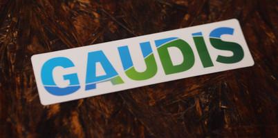 GAUDISホワイトステッカー