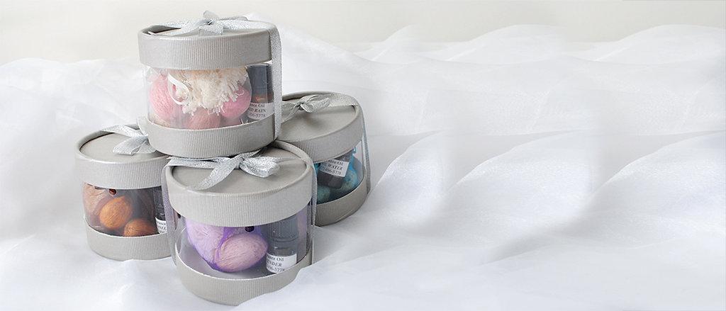 scented Amra pods, potpourri sachets, scented potpourri
