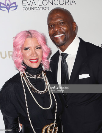 Rebecca Crews Bob pink hair .jpg