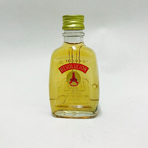 Tequila Revolución Añejo Pequeño