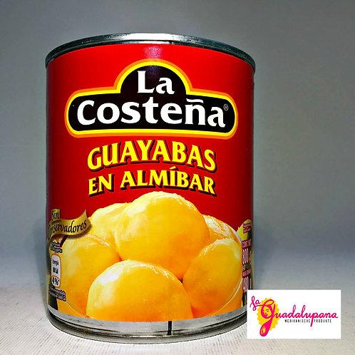 Guayabas en almíbar La Costeña