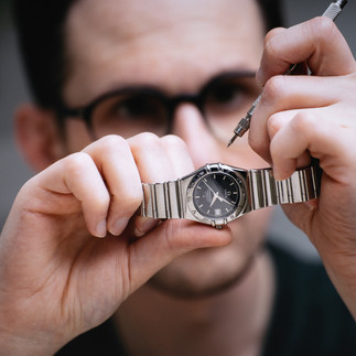 watch-.jpg