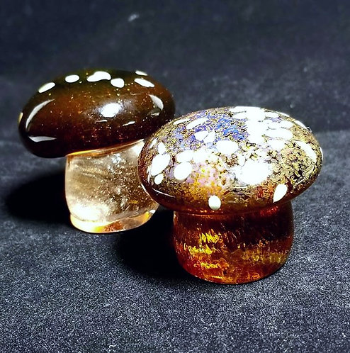Glass mushroom sculpture, natural