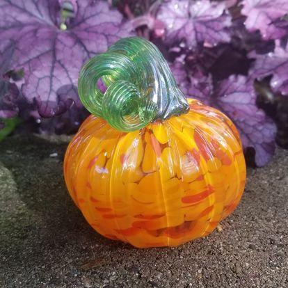 """Glass Pumpkin 5"""" Blown"""