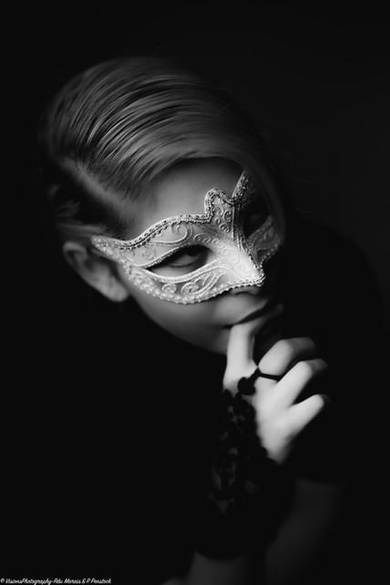 Masquerade-Mien3