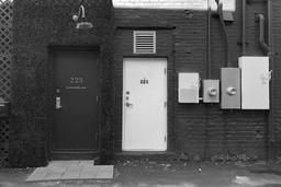 08C - Hunter Scully - Ally Doors BW.jpg
