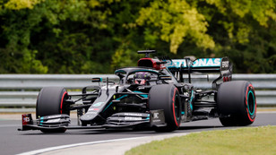 F1: Hamilton takes 90th Pole in Hungary