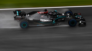 F1: Hamilton excels in the wet in Styria