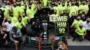 F1: Hamilton wins Portuguese GP to become new record holder