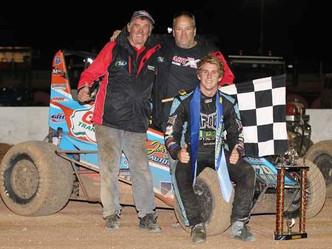 West Aussie Nick Rowe Claims SA Speedcar Title!