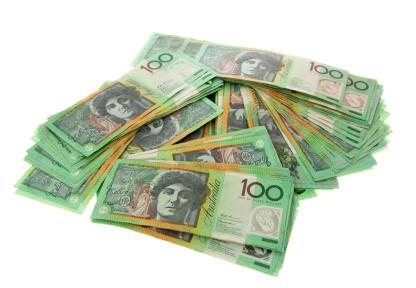 australian-100-dollar-notes.jpg
