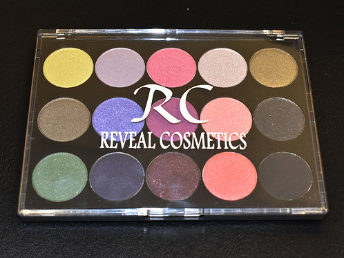 The Wave 15 Shade Eye Shadow Pallet