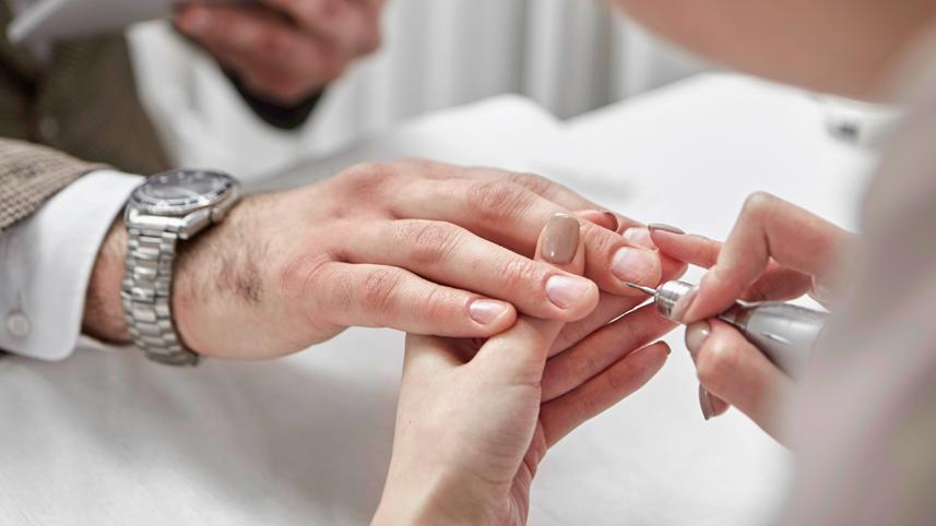 Manicure Uomo Roma Eur | Essenza For Man