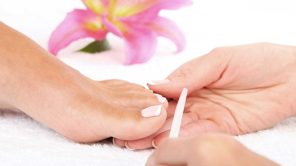 Pedicure Semipermanente Roma Eur | Essenza Eur