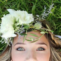 #greeneyes #flowercrown #nature #greenery #softlight
