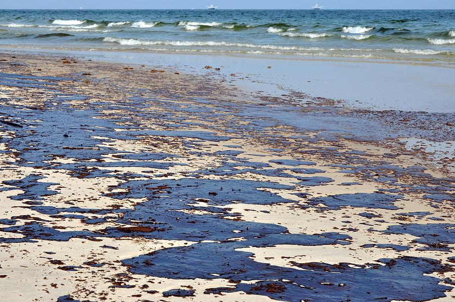 oil spill off of a beach
