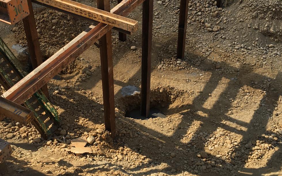 安全支撐立柱埋設