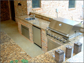 Spice up Your Summer with an Outdoor Grill Area!
