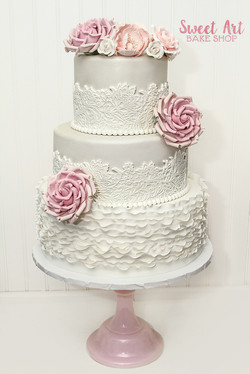 Vintage Lace & Ruffle Wedding Cake