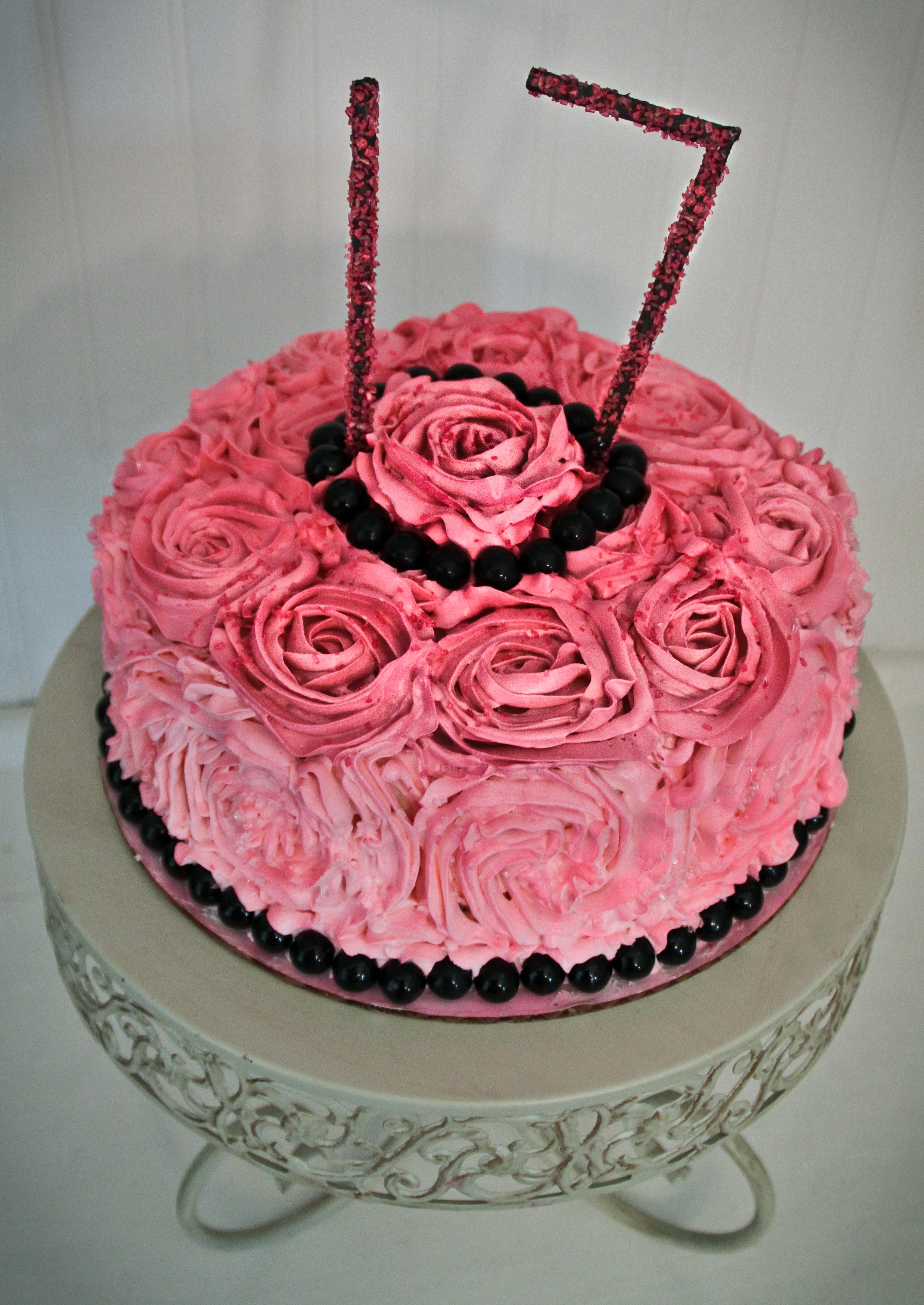 Rosette Buttercream Cake