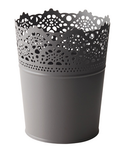 Gray Lace Cup