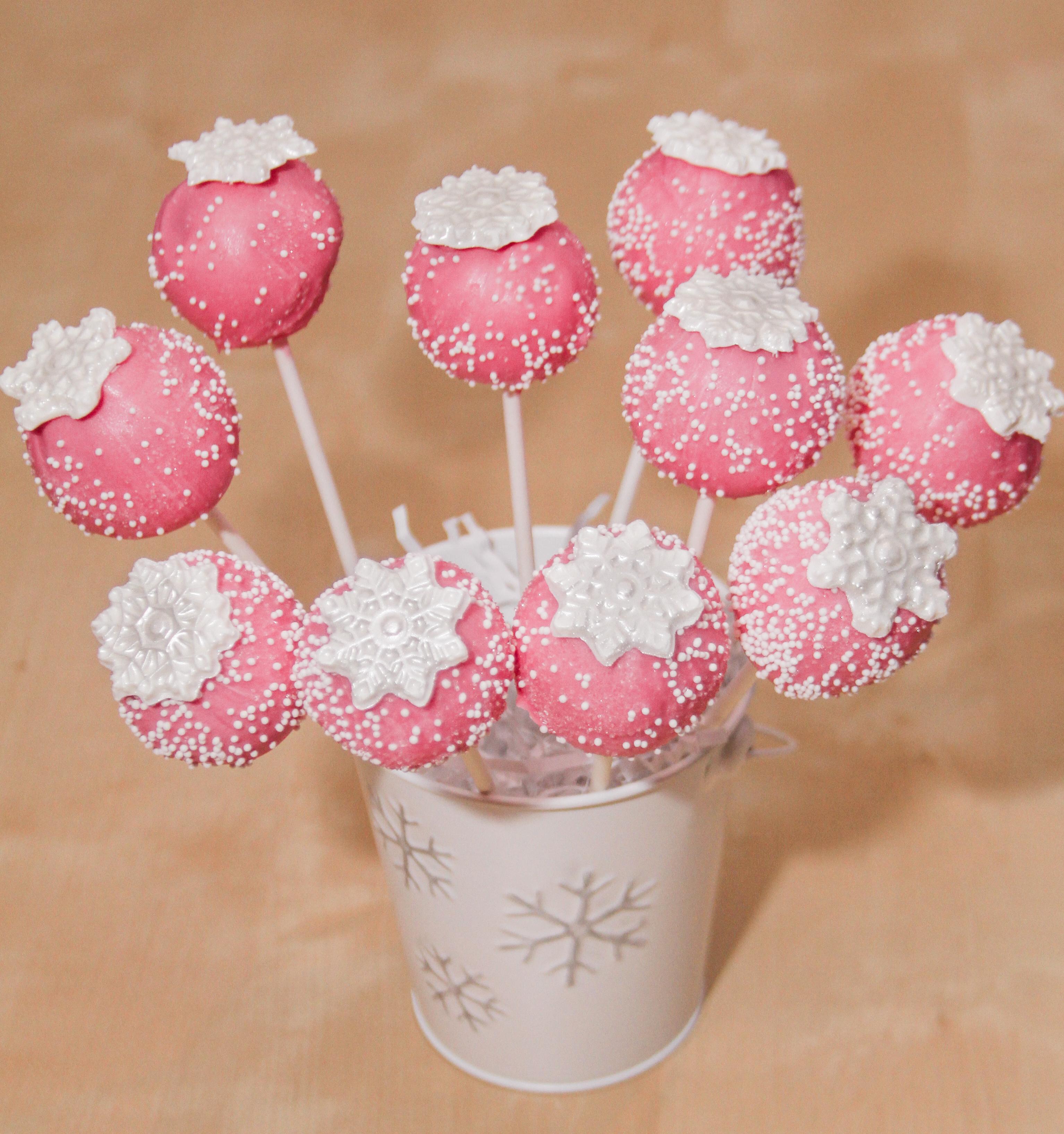 Snowflake Cake Pops $3