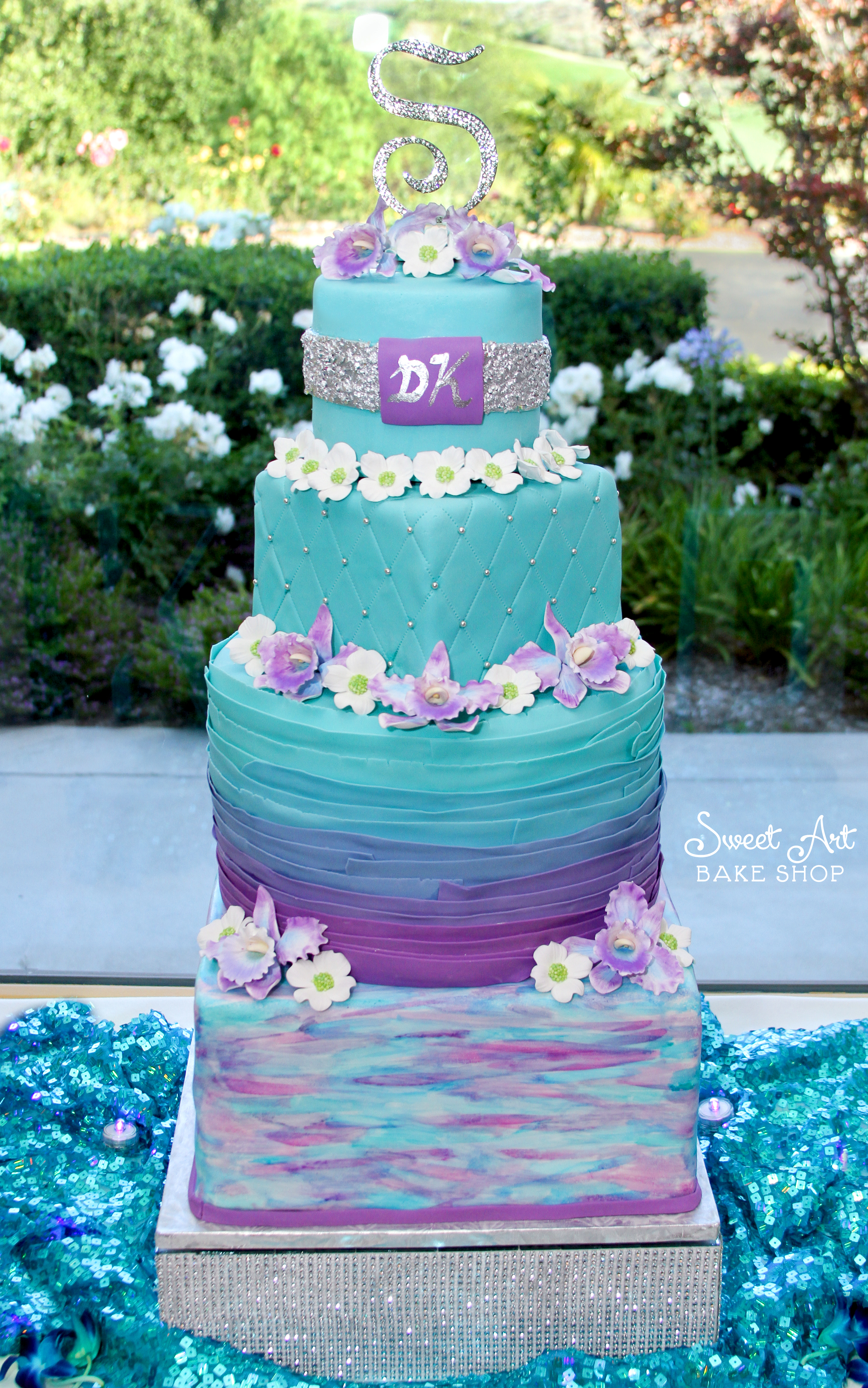 Kyrstin & Daniel's Wedding Cake