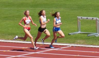2:14,12 Min über 800m! Carolin Bothe immer schneller!