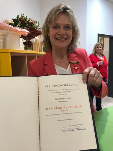 Bundesverdienstkreuz für Leichtathletin Petra Kleen