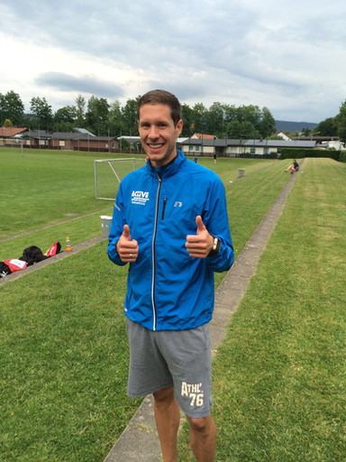 Paukenschlag: Jan-Niklas Böhm läuft 1.52,30min.
