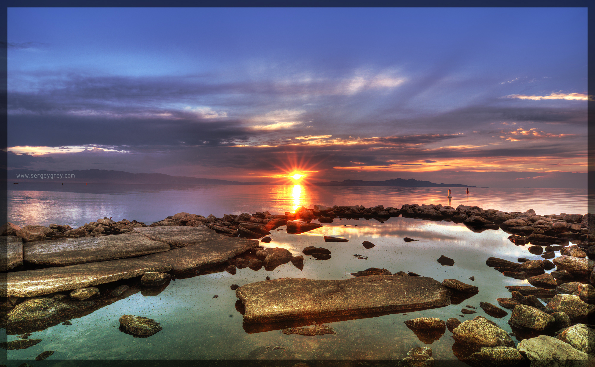SunsetGreen3_SergeyGreyCom.jpg