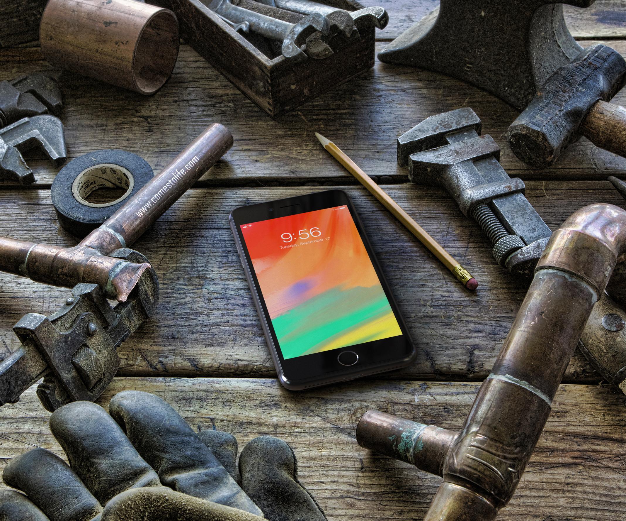 iphone8_ComesToLifeCOM